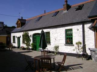 Ardsollus Farm Courtyard and Self Catering